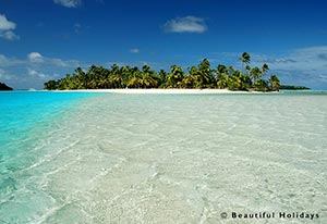 one foot island in aitutaki lagoon