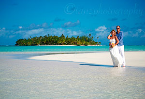 couple getting married on one foot island